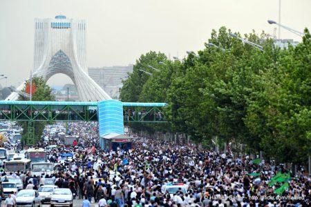 Fala powyborczych protestów w Iranie. Fot. Hamed Saber / Flickr-CC