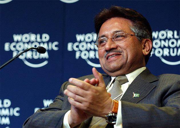 Pervez Musharraf jeszcze jako prezydent Pakistanu, rok 2004 (fot. Flickr, World Economic Forum)