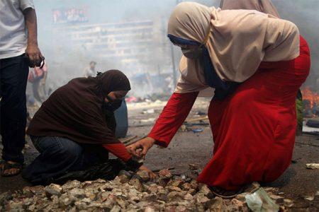 Zwolenniczki obalonego prezydenta Mursiego na demonstracji (fot. Globovisión/Flickr/CC)