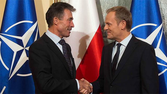 Spotkanie premiera D. Tuska z sekretarzem generalnym NATO A.F. Rasmussenem, Warszawa, 7.11.2013 (fot. KPRM/Flickr/CC)