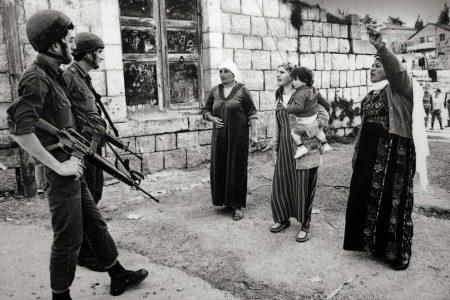 Izrael vs. Palestyna. Żołnierze izrealscy i Palestyńczy.Zdjęcie: Robert Croma / Flickr - CC