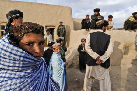 Czy po wycofaniu się sił ISAF Afgańczycy będą mogli liczyć na stabilną władzę? (fot. U.S. Air Force/Tech. Sgt. Efren Lopez/Flickr)