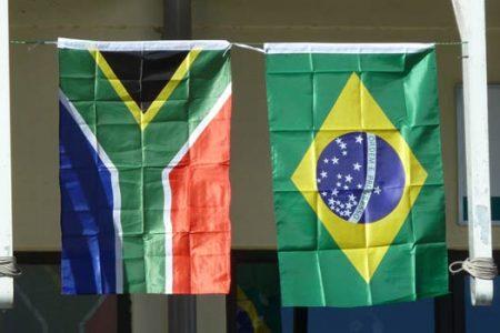 Flagi RPA i Brazylii (Zdjęcie: Flickr/coda)