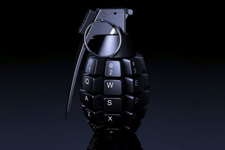 cyberwojna-cyberkonflikt-granat