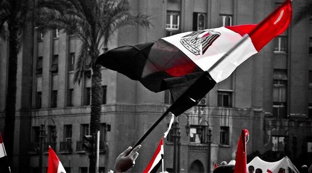 Protestanci na kairskim Placu Tahrir, 09/02/2011 (Flickr/ magdino20 | Maged Helal)