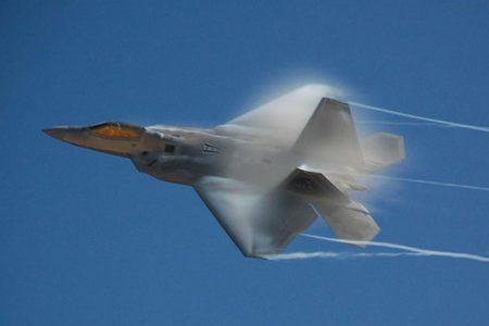 F-22 Raptor (Flickr/space_monkey)