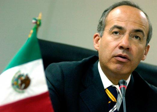 Prezydent Meksyku, Felipe Calderon, nie może zaliczyć roku 2010 do szczególnie udanych (Źródło: animalpolitico.com)