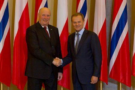 Premier D. Tusk spotkał się z goszczącym w Warszawie królem Norwegii Haraldem V. Fot. Maciej Śmiarowski/KPRM
