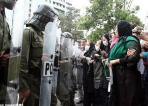 Przed Iranem stoi jeszcze wiele wyzwań wewnętrznych, z których  każde potencjalnie zagraża fundamentom Islamskiej Republiki (Zdjęcie:  Flickr/Mousavi1388)
