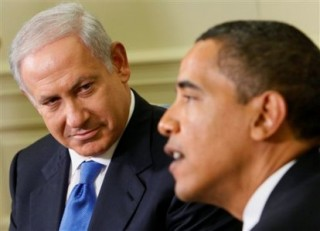 Premier Izraela, Benjamin Netanjahu, oraz prezydnet USA, Barack Obama, podczas spotkania w Białym Domu (Zdjęcie: ivarfjeld.wordpress.com)