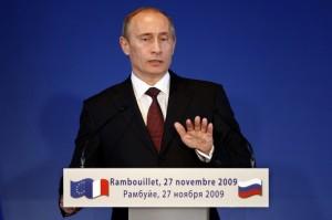 Putin we Francji załatwiał sprawy Gazpromu. Nie zapomniał jednak wspomnieć o Chodorkowskim (Zdjęcie: Daylife.com:REUTERS/Charles Platiau)