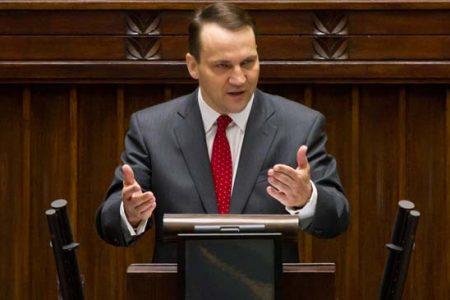 Minister Radosław Sikorski podczas jednego z sejmowych wystąpień (MSZ/Flickr)