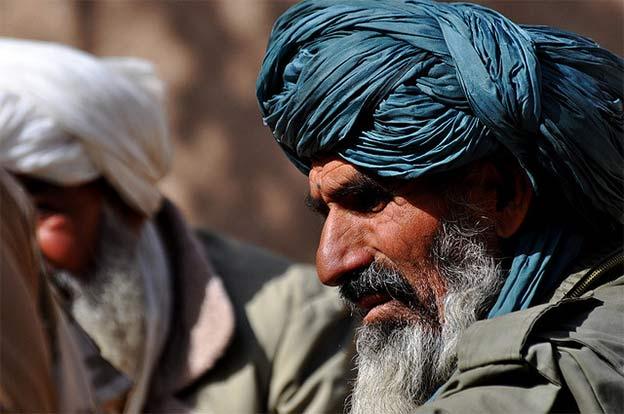 Talibowie w Afganistanie mają nową strategię (Flickr: Helmandblog, Major Paul Smyth)