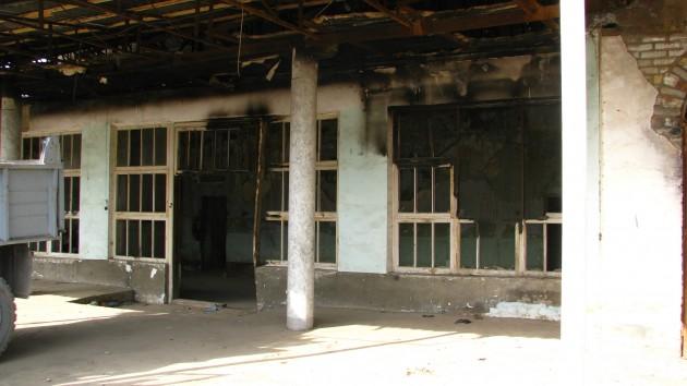 Spalone zabudowania w Taszbulak (fot. W. Ganczarek)