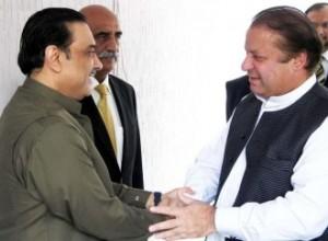 Odwieczni rywale: Asif Ali Zardari (z lewej) i Nawaz Shariff (z prawej)
